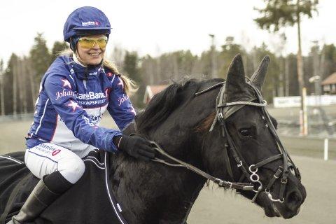 BRA SLAG: Grundsvold Loke er god under sal. Han tar trolig en ny seier sammen med Johanne Ulrica Øveraasen.