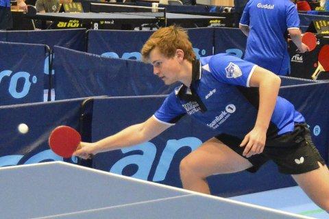 KM-GULL: Hjemmehåpet Jesper Jonassen Grua var ranket som nummer en i klasse 15 år og innfridde favorittstempelet. Han sikret seg også KM-gullet i klasse 13 år.