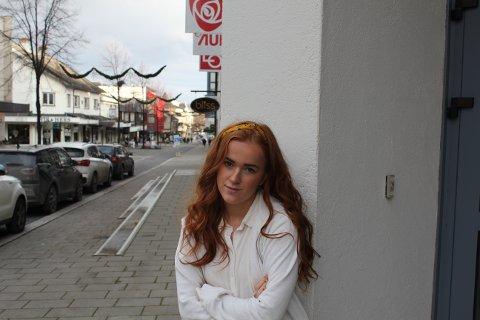 SJOKKERT: Ingrid Tønseth Myhr, fylkesleder i AUF i Oppland, håper folk vil ta til gatene for å vise sin motstand mot regjeringens foreslåtte endring i abortloven.
