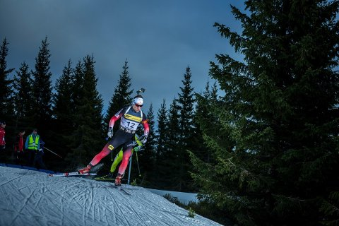 SUPERLØP: Vebjørn Sørum ble nummer sju på sprinten under sesongstarten på Sjusjøen, med blant annet hele den norske og tyske eliten på startstreken.