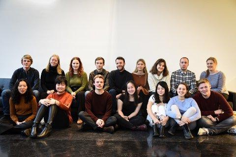 TURNERER: Klaverstudentene ved Norges Musikkhøyskole er på turne. Denne uka kommer de til Hadeland.