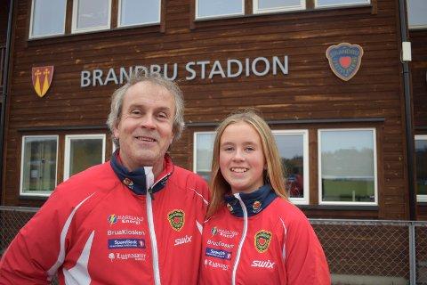 FRIIDRETT: I likhet med pappa Helge Tryggeseth er datteren Maria Elvestuen interesssert i friidrett.