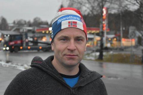 SKISMØRER: Tidligere landslagssmører i langrenn, Lars Høgnes, har kjent på kroppen hva giftstoffene i skismurningen kan gjøre med kroppen.