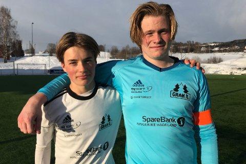 TØFT: Tobias Kolkinn Nerland og Torgrim Westhagen Sandmo fikk oppleve hvor gode de beste 16-åringene i Norge kan være.