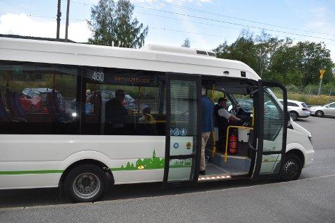 LENGER RUTE? Servicebussen har i dag 26 stoppesteder fra Marka til Gran, men er også ønsket på Tingelstad.
