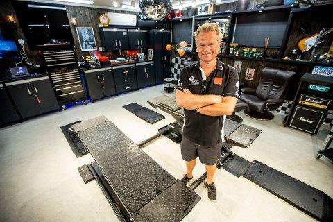 DRØMMEVERKSTED: Tom Østli har bygd sitt eget drømmeverksted.