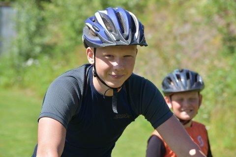 MORO: Nikolai Kristiansen (14) fra Brandbu har syklet i mange år.