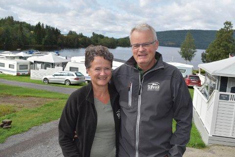 LIVSSTIL: – Campinglivet blir en livsstil, sier Marit Olive Lindstad og Hans Gunstad.