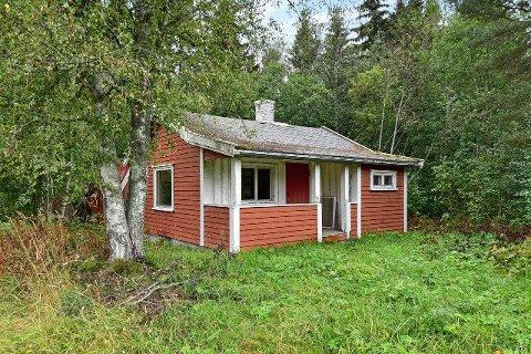 SOLGT: Hytte og eiendom solgt i Amundrudvegen.