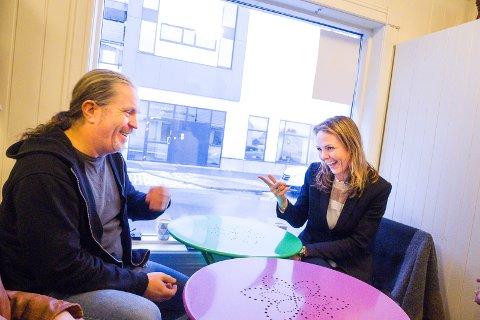 Entusiasme: Bård «Bobby» Brørby og Linda Hofstad Helleland deler et distrikts-engasjement, og fant tonen tross for den partipolitiske forskjellen.