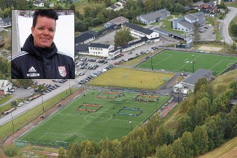 Frøystad: – Treninger og kamper fortsetter som vanlig, sier styreleder Eva Edvardsen i Lunner FK, etter at et av klubbens lag er satt i koronakarantene.
