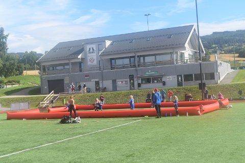 PAUSE: Nå blir det pause i all organisert idrett i Gran kommune til og med 15. november. Her fra Gran Idrettspark.