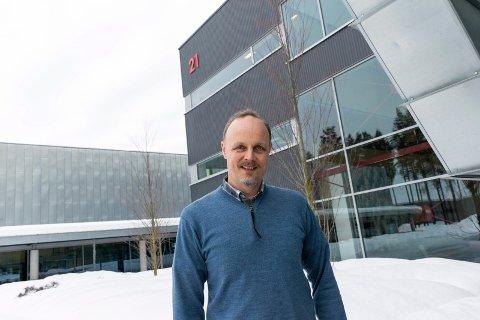 KREVENDE TIDER: Svein Steinsvik, daglig leder i Tronrud Engineering, synes det er beklagelig at de må permittere ansatte.