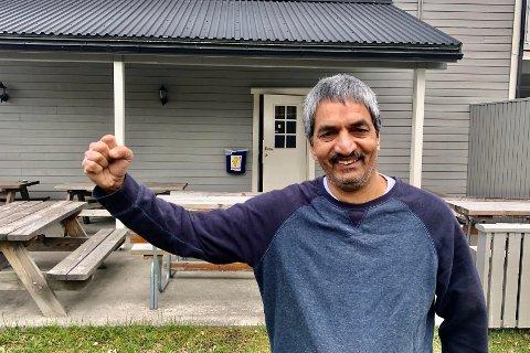 JA: Onsdag fikk Amjid Hussain ja fra Gran kommune til utvidelse av kroa på Grymyr.