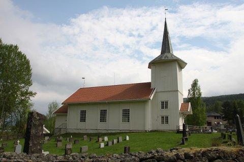 Kirkeklokkene i Sørum kirke vil ringe påskeaften.
