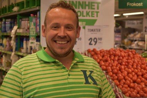 ALLTID BLID: Lars Ole Magnussen gir seg etter mange år som butikksjef.