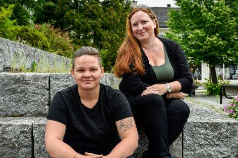 TAKKNEMLIGE: Monica Vangen (35)  og Tanja Teply-Martinsen (34) skal bruke pengene på markedsføring av butikken Barnas Lykkehjul.