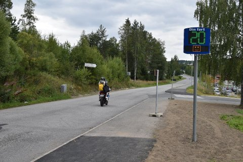 BLE STANSET: Motorsyklisten ble stanset langs denne veien på Raufoss.