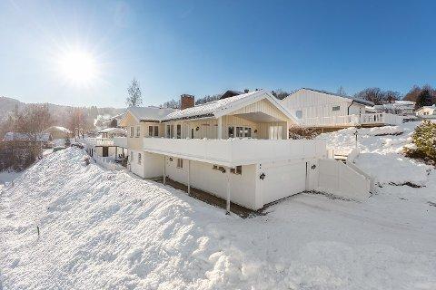 ROAS DYRESTE: Dette huset i Bjøraltbakken 2 er det første som går for over fire millioner på Roa.