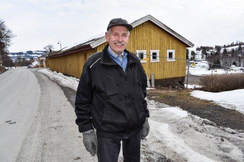 PÅDRIVER: Johan Stensrud og resten av Granavollen vel er pådriver for å bevare kirkestallene på Granavollen