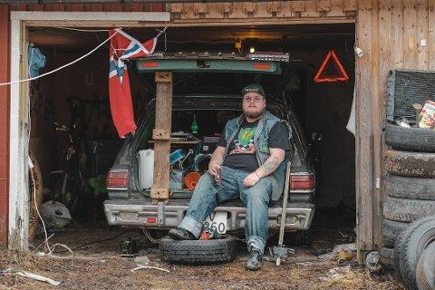 PARKERT: Foreløpig må bilen stå mye i garasjen. Torodd Overåsberget oppfordrer også andre rånere til å ta det pent.