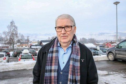 SPREDNING: Kommuneoverlege i Gran, Are Løken, bekrefter at kommunen har fått et nytt dødsfall og at smitten fra arrangementet i påsken har spredd seg.