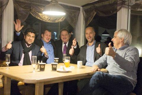 FORNØYDE MED KVELDEN: Både partnere og ledere var fornøyde med føråpningen av Svinesundterrassen. Fra venstre: Aslam Shaid, Remigius Daguela, Kai Robert Johansen, Asbjørn Aakvaag og Bjørn Kåre Larsen.