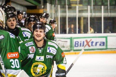 Tobias Skaarberg og flere andre Comet-spillere ble akutt syke under kampen mot Tønsberg. Trolig har spillerne fått mild kullosforgiftning.