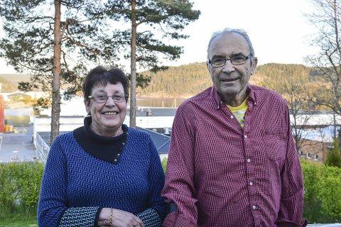 Giverglede: Anne-Lise og Rune Harboe, mener de har alt de trenger og derfor ga de bort penger de fikk til bursdagen. Foto: Thomas Lilleby