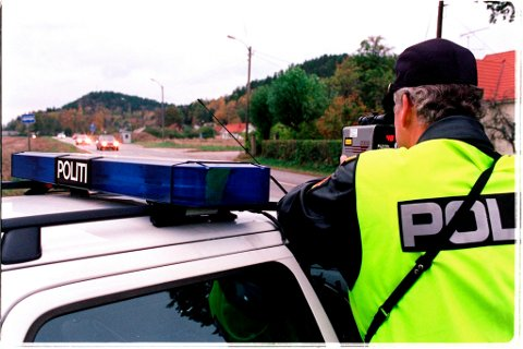 Politiet hadde fartskontroll i Tistedal mandag.