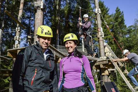 EIERE: Ekteparet Henrik og Randi Aune driver og eier Klatring på Grensen.