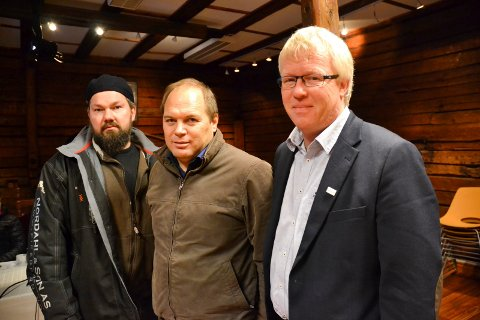 VIL OVERTA: Leder Rino Nordal, sekretær Rune Halvorsen og nestleder Lars Woldheim i Halden Båtforening håper Havnestyret vil satse på deres forening som driftere av småbåthavna i Halden.