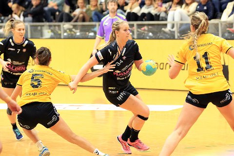 Anette Helene Hansen og HHK skal uansett spille i eliteserien ut sesongen.