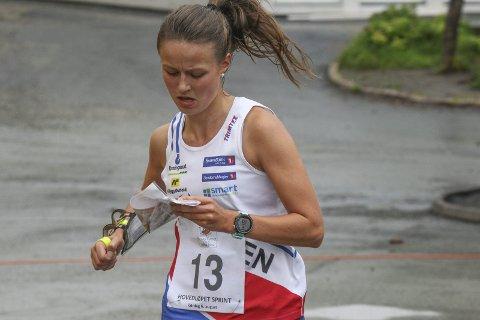 SLO TIL: Hedda Raadal Bjørlo fra Halden Skiklubb var landets beste på årets viktigste sprintløp på Konnerud. Foto: Erik Borg