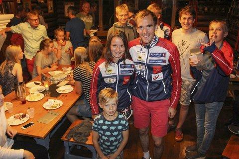 Gode prestasjoner: HSK leverte gode prestasjoner denne sesongen. Blant dem som bemerket seg var Hedda Raadal Bjørlo, som vant Hovedløpet og sprinten, Magne Dæhlie ble stafettverdensmester. Her sammen med Ville Wingstedt.foto: Torhild grimseth huseby
