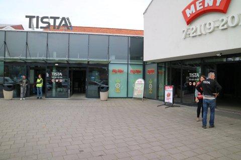 NYE BUTIKKER: I løpet av de neste månedene vil det åpne flere nye butikker i Tista senter. Normal åpner i begynnelsen av april. Ny aktør skal også inn i de tidligere Telia-lokalene.