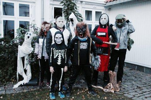 Bilde fra Halloween i bakgården. (Arkivbilde: Emely Hansen)