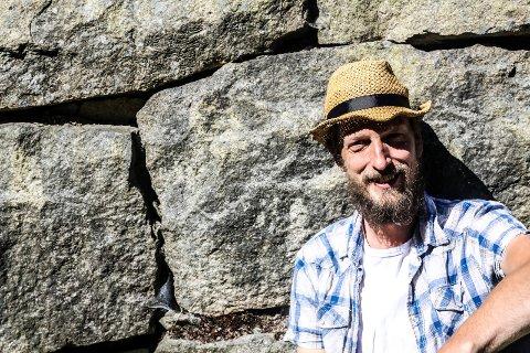 FESTIVALSJEF: Nils Otto Økern-Klevmo er sjefen for nok en Stenhoggerfestival.