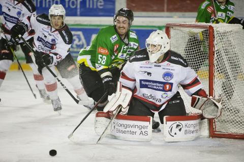 Fredrik Olsson og Comet hadde sjanser nok til å vinne kampen, men fikk hull på byllen på keeper Ole Morten Furseth for sent.