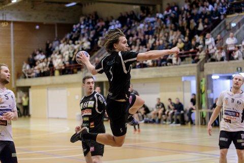 HTH og Sander Thorbjørnsen møter Elverum i NMs 4. runde.