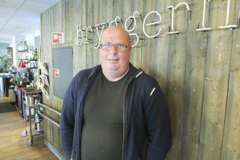 Roger Dybedahl : Det å være frivillig på arrangementer i halden har forandret livet mitt.   Begge foto: Tom Skjeklesæther