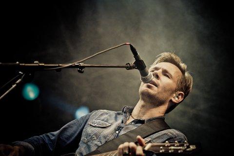 Björn Rosenström spiller på Kongens Brygge på onsdag.