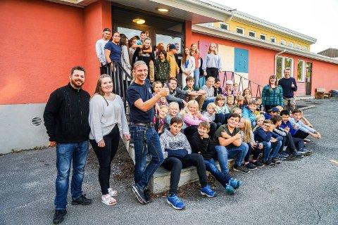 BLI MED: Halden skolemusikkorps har plass til mange flere. De øver i Hjortsberg skole på torsdager.