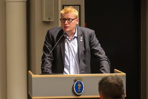 VIL HA FORTGANG: Fredrik Holm (H) vil ha politikere som sier ja til bygging og utvikling.