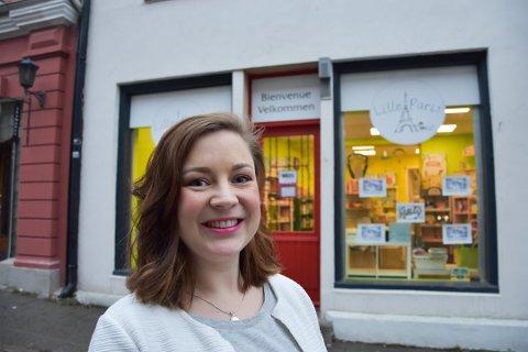 NYE LOKALER: Caroline Johansen har bestemt seg for å flytte Lille Paris fra gågata. Hun håper å finne et passende lokale ved Torget eller Tista senter.