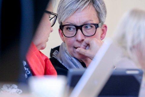 SJOKKBESKJED: Ordfører Hanne Tollerud kjente Ari Behn siden 1990-tallet og ble sjokkert over å høre om hans borgang.