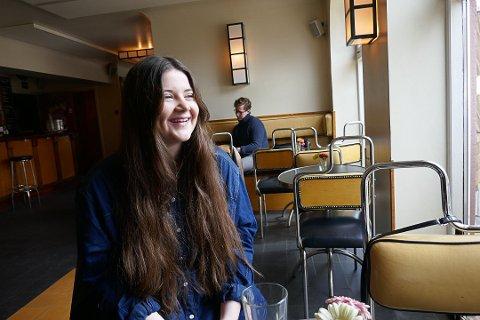 PRODUSENT: - Jeg liker å få ting til å skje. Det å starte med en idé og ende opp med et ferdig produkt, sier Rebekka Rognøy.