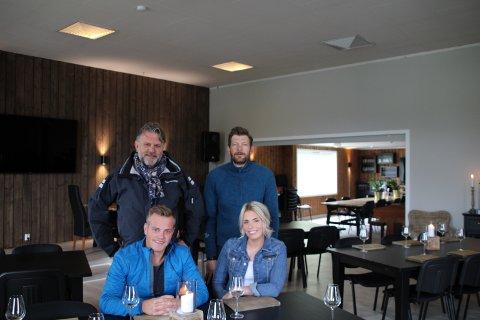 EIERNE: Thorfinn Kirkeng (f.v), Thor-Sondre Kirkeng, Øyvind Inge og Silje-Kristin Kirkeng Malkenes er stolte over sitt nye lokale.