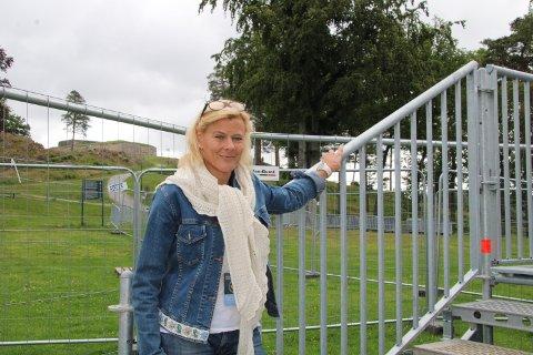 SPENT: Gina Finsrud håper mange bedrifter i Halden søker økonomisk støtte fra statlig kompensasjonsordning. Arkivbilde.