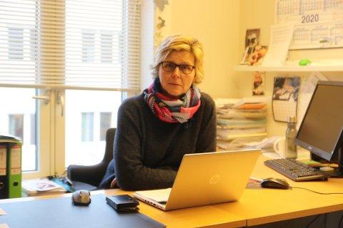 IKKE LOVPÅLAGT: Sissel Lund er enhetsleder for koordinerende fellestjeneste. Hun forklarer at utleie av kommunale boliger ikke er en lovpålagt tjeneste.